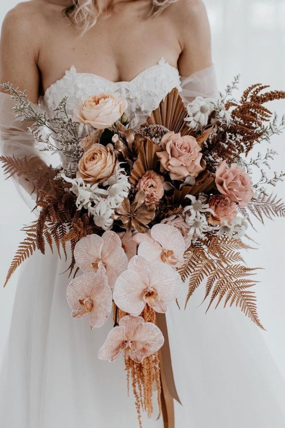 the lovely list floralsandco wedding trends