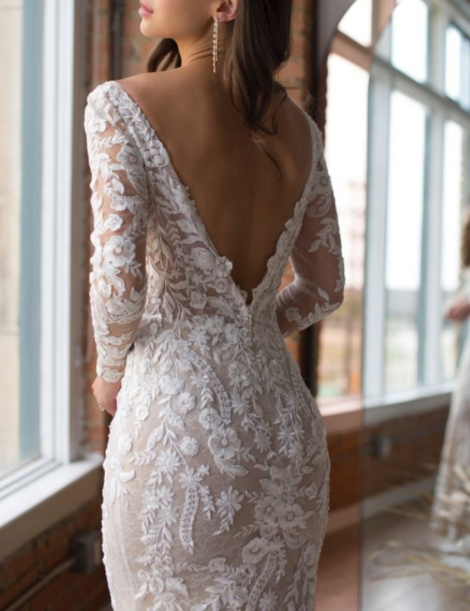 Watters LuciaSleeves backdetail